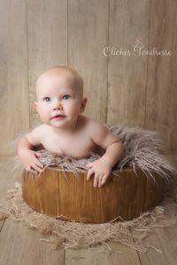 ou faire une séance photo de bébé un photographe pour des photos de bébé à collonges (01) près des Pays de Gex et de Haute savoie, non loin de genève en Suisse