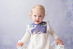 photographe professionnel pour des photos d'enfant lors d'une séance portrait à collonges (01) près des Pays de Gex, Genève et de Haute savoie