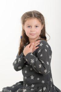 studio photos pour portrait d'enfant à collonges (01) près des Pays de Gex et de Haute savoie