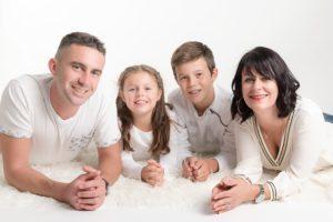 où trouver un photographe pour des portraits photos de famille à collonges (01) dans le Pays de Gex et de Haute savoie et de Genève en Suisse